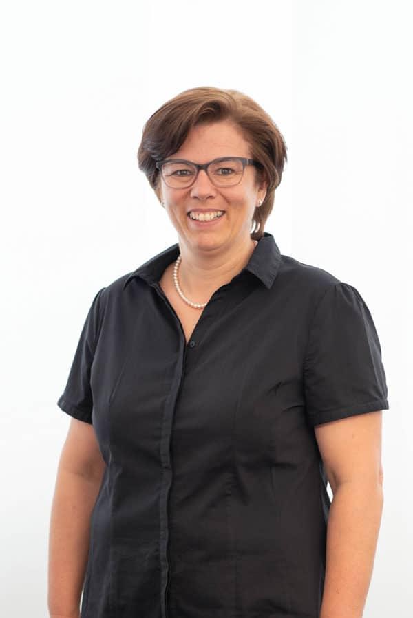 Leitung Personalwesen Frau Charlotte Leitgeber