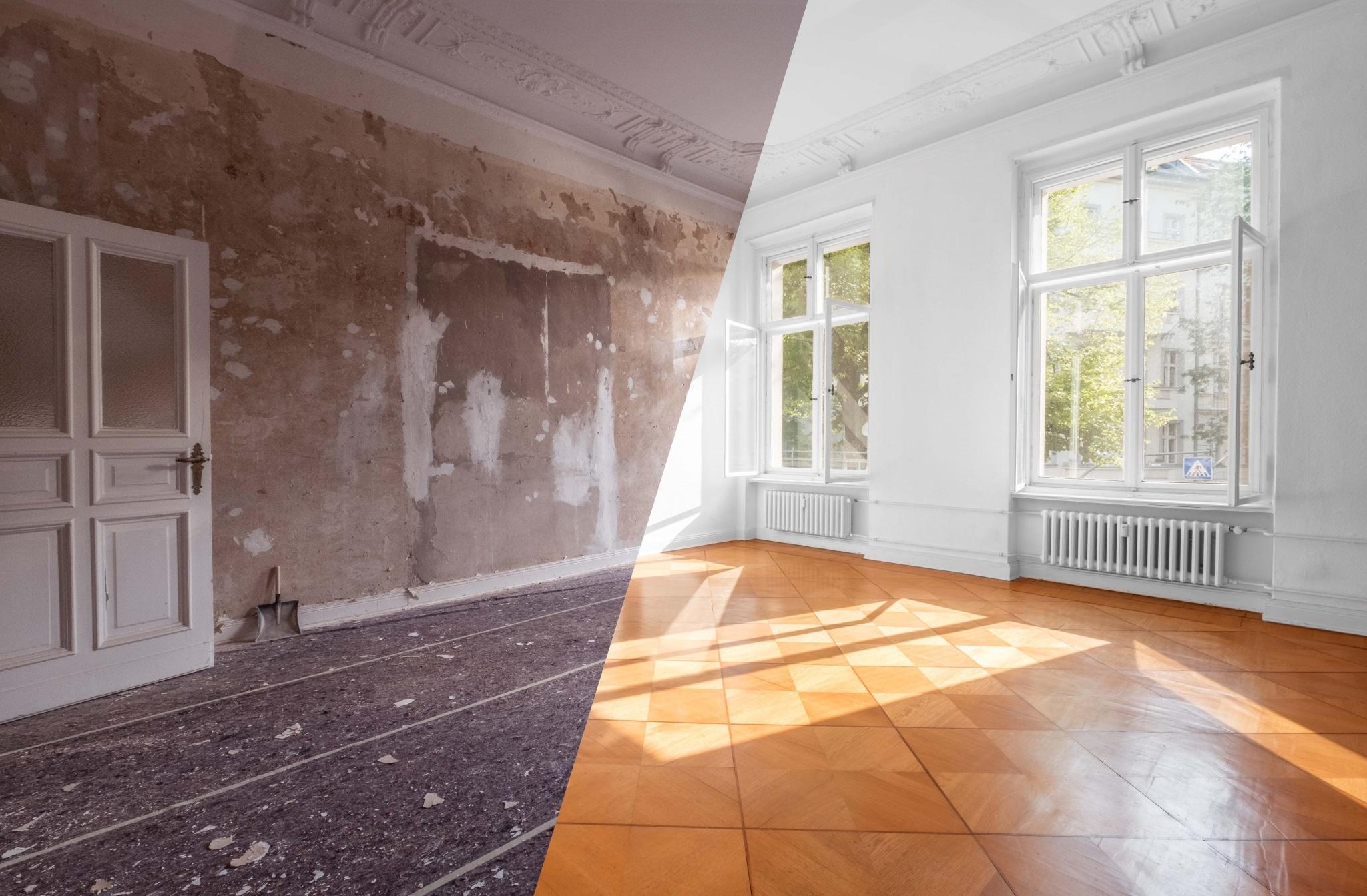 Kompositfoto von einem Raum vor und nach der Sanierung, mit großen Fenstern, schönem Parkettboden und hoher Decke mit weißem Putz